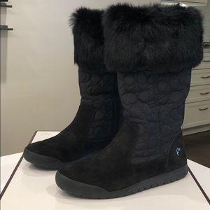 Winter mid calf boot